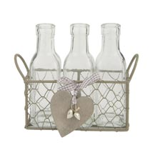 Basket with 3 bottles