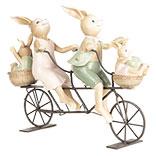 Decoratie konijnen op fiets