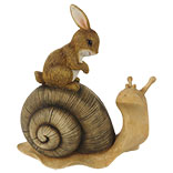 Decoratie zittend konijn op slak