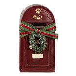 Decoratie brievenbus met krans