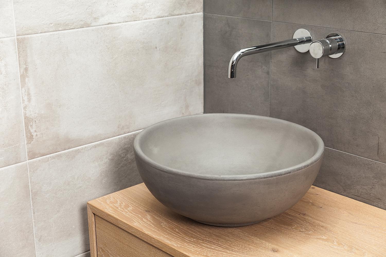 Kleine Waskom Toilet : Cruxelles opbouw waskom beton geïmpregneerd rond cm u e betonnen
